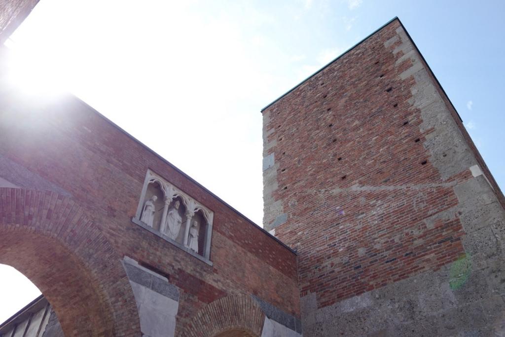 ミラノ「サンタブロージェ聖堂」3