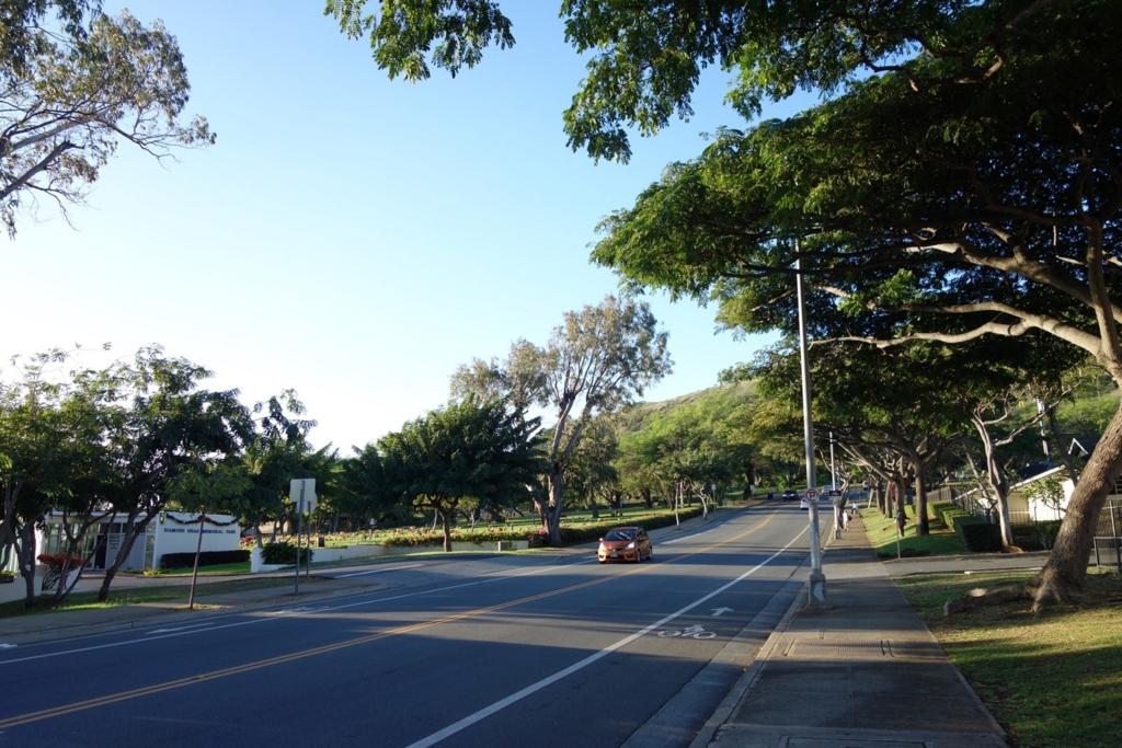 ダイヤモンドヘッド周辺のバス停(3番バス)