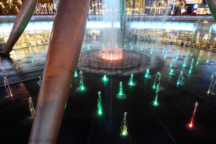 富の噴水:ライトアップのイメージ2