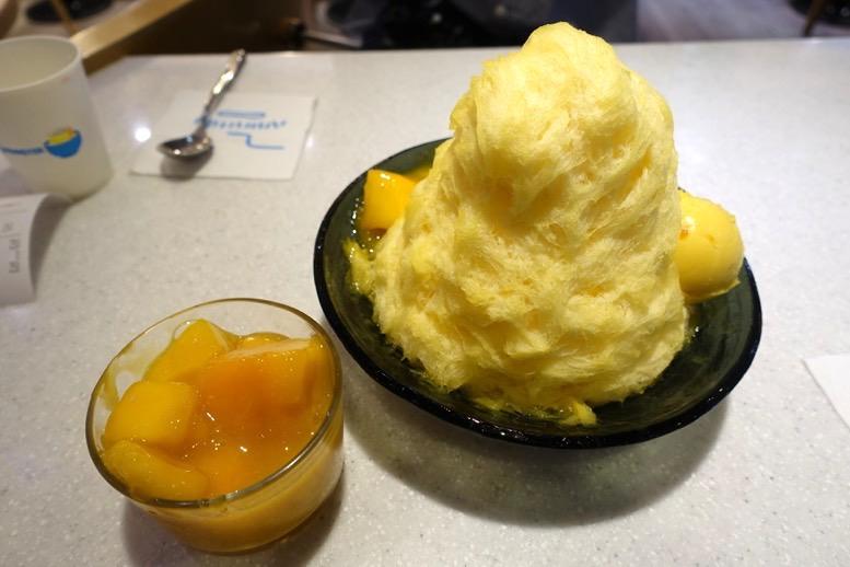 アイスモンスター(台北本店)のマンゴーかき氷1