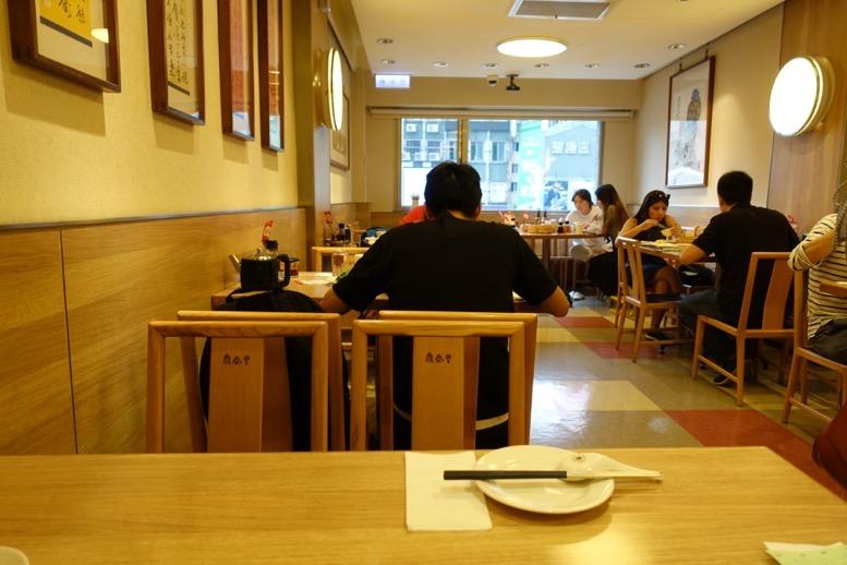 鼎泰豊(ディンタイフォン)台北本店の内観3