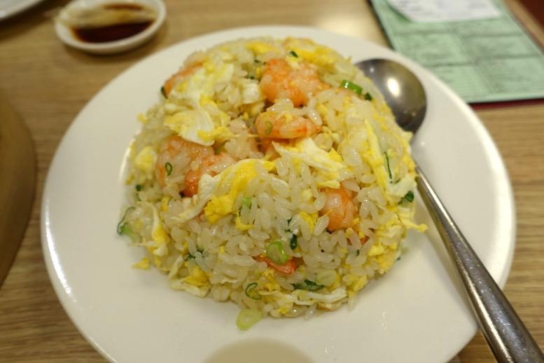 鼎泰豊(ディンタイフォン)台北本店のチャーハン1