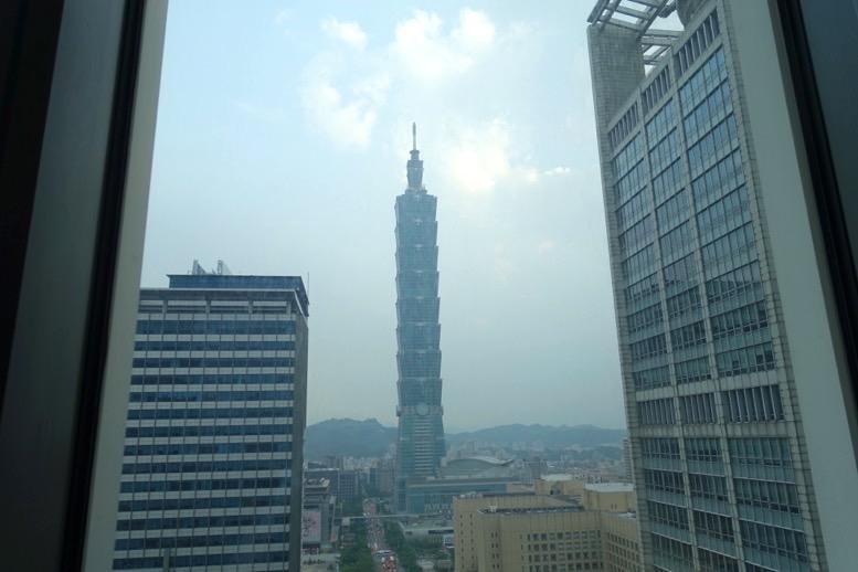 「W台北」のスイートルーム2