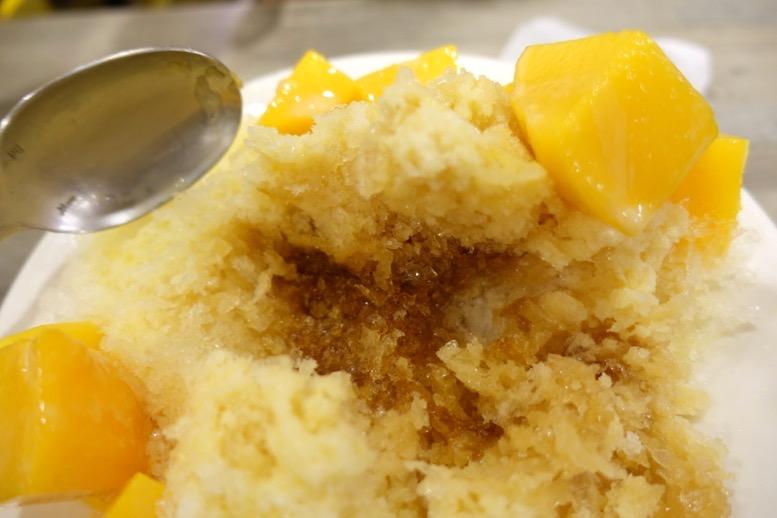 緑豆蒜啥咪(リュウドウスァンシャーミー)のかき氷2