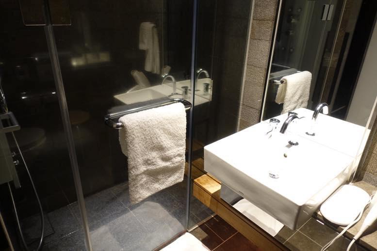 JALサクララウンジのシャワー