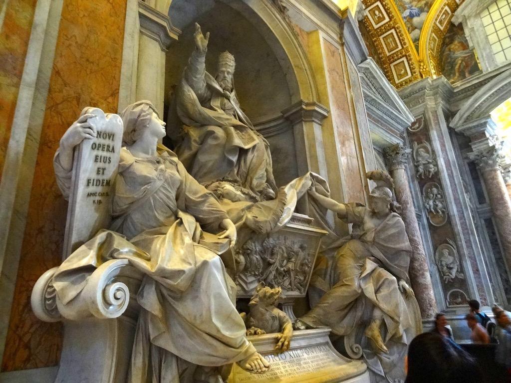 サン・ピエトロ大聖堂の展示物1