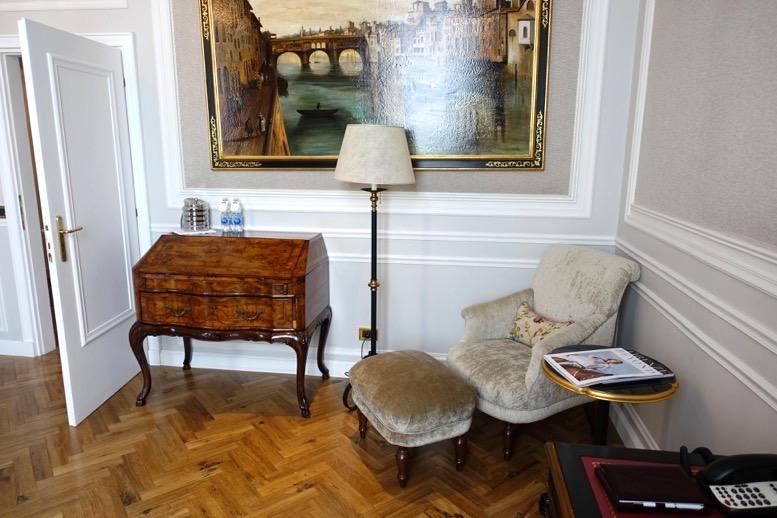 「セントレジス ・フィレンツェ」の客室6