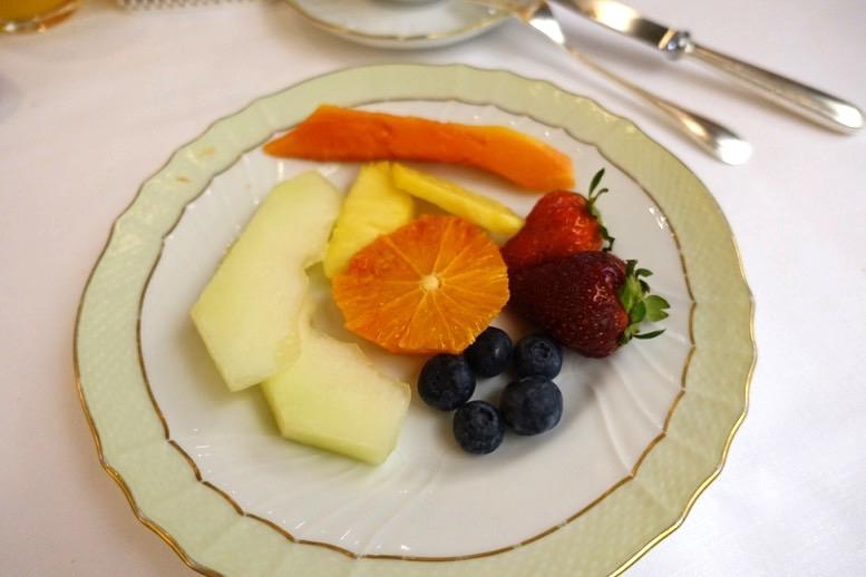 朝食ビュッフェ:フルーツ