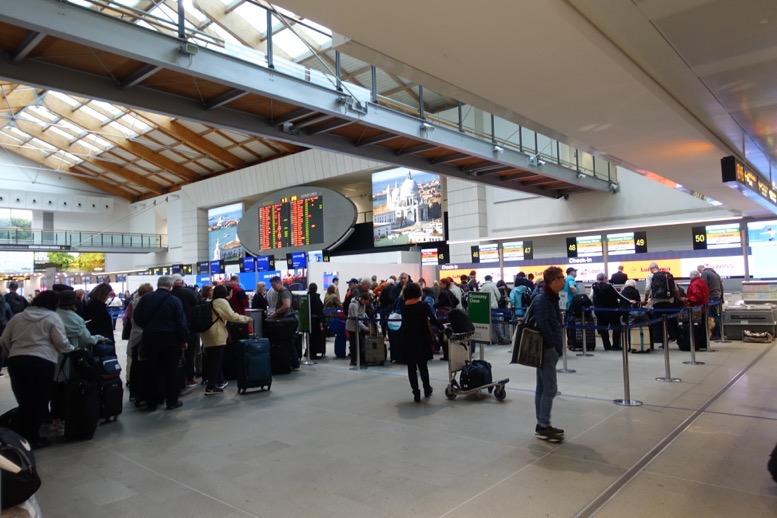 ベネチアのマルコポーロ空港の様子2