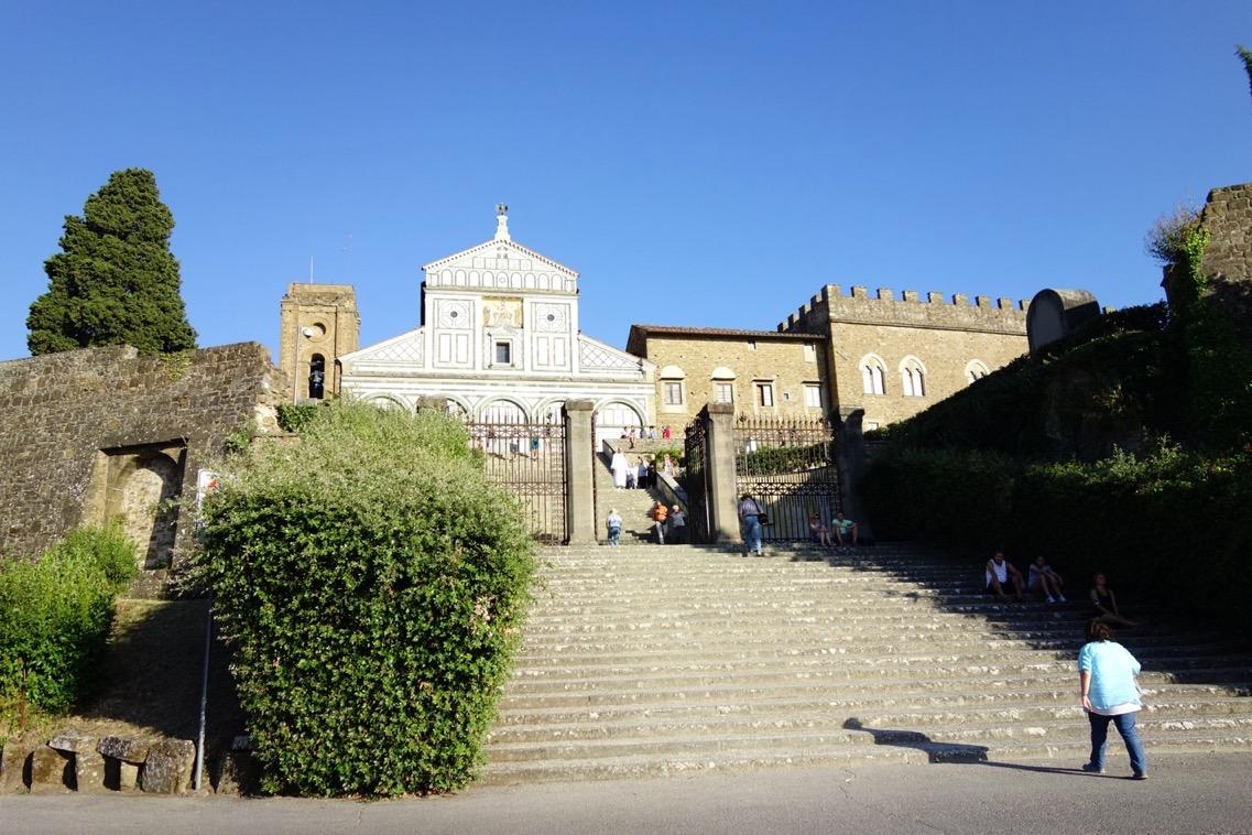 サン・ミニアート・アル・モンテ教会の「外観」1