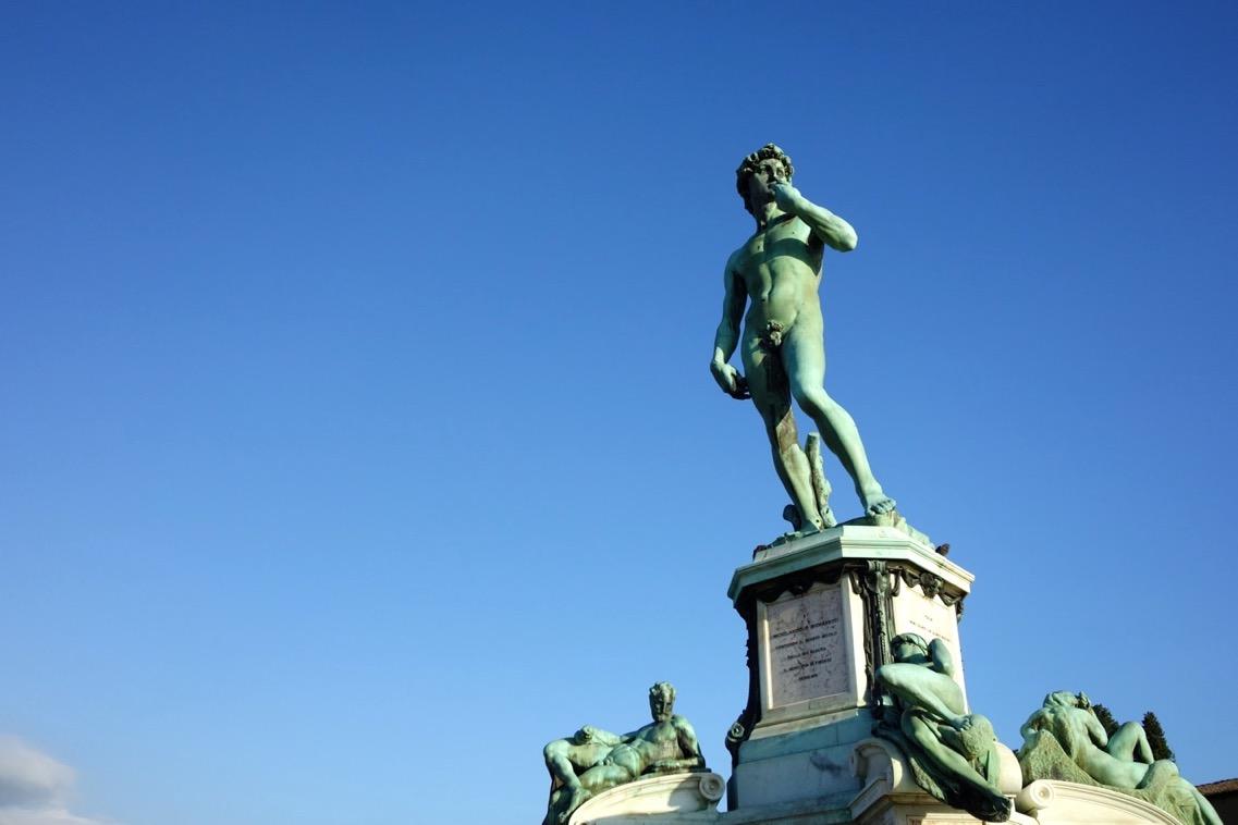 ミケランジェロ広場の「ダヴィデ像」2