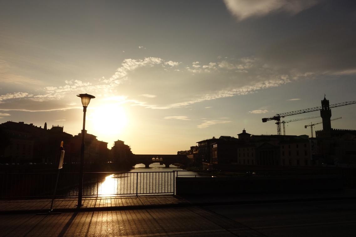 フィレンツェ「アルノ側」の風景2