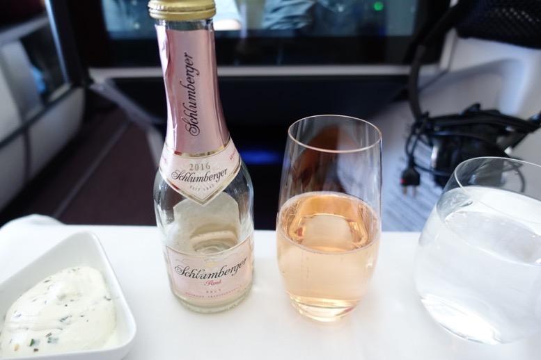 オーストリア航空「ビジネスクラス」のドリンク2