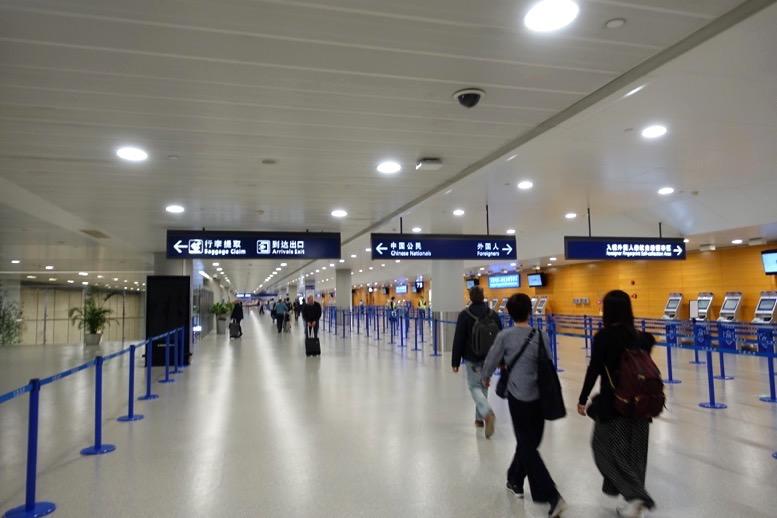 上海浦東国際空港での乗り継ぎ2