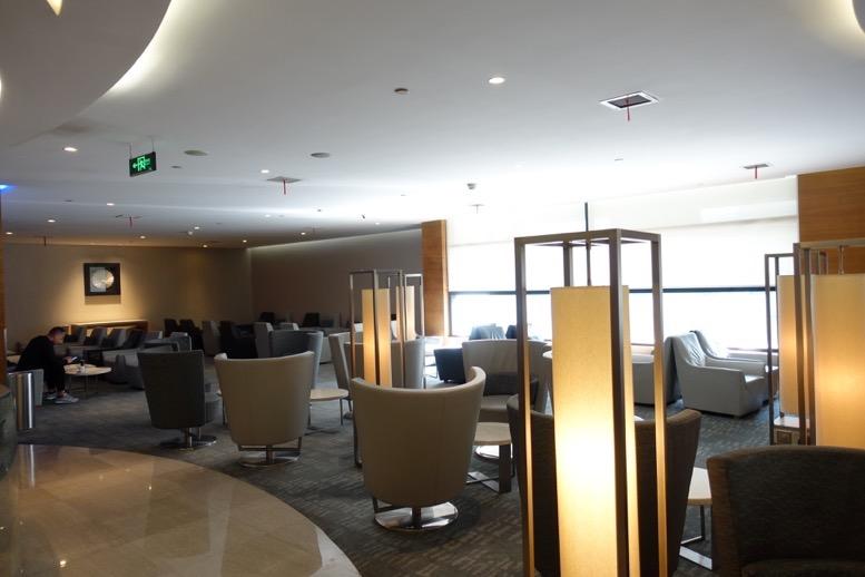 上海浦東空港のエアチャイナラウンジ:全体像と雰囲気5