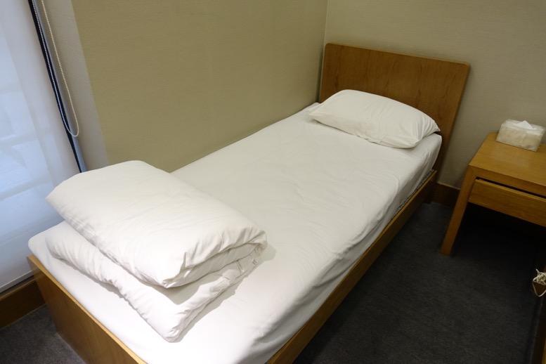 上海浦東空港のエアチャイナラウンジ:仮眠室2