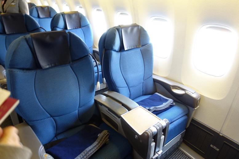 ANAビジネスクラス搭乗記:上海-成田(NH922便)