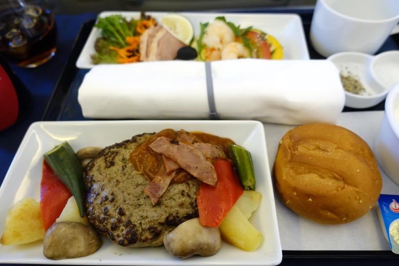 ANAビジネスクラス搭乗記:機内食2