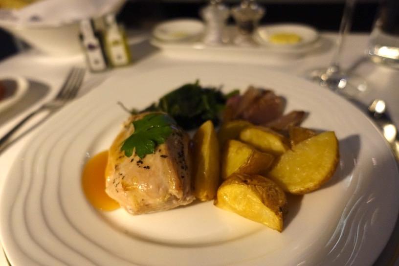 エミレーツ航空ファーストクラス:機内食(洋食)4