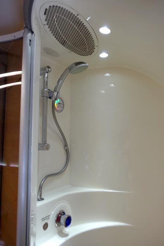 エミレーツ航空ファーストクラス:シャワー&トイレ6