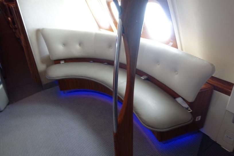 エミレーツ航空ファーストクラス:バーラウンジ2