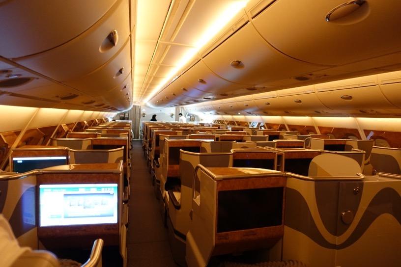 エミレーツ航空ファーストクラス:ビジネスクラス1