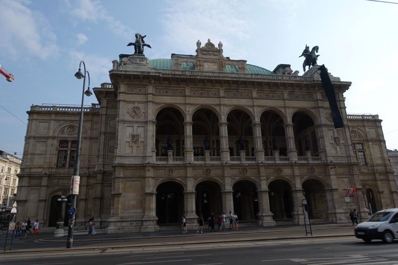 ウィーンのアウトレット:シャトルバスの出発場所2