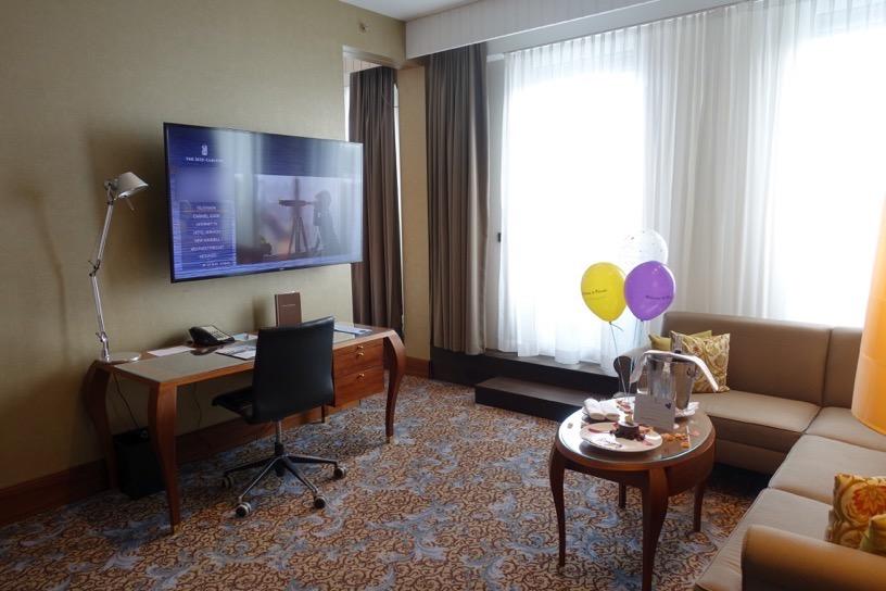 客室(ジュニアスイート):リビングルーム2