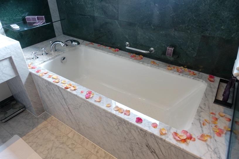 客室(ジュニアスイート):バスルーム&アメニティ6