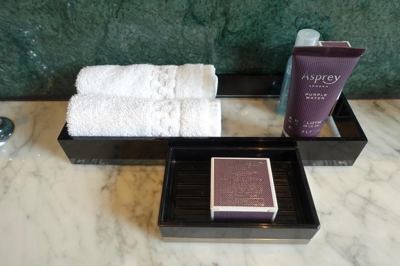 客室(ジュニアスイート):バスルーム&アメニティ2