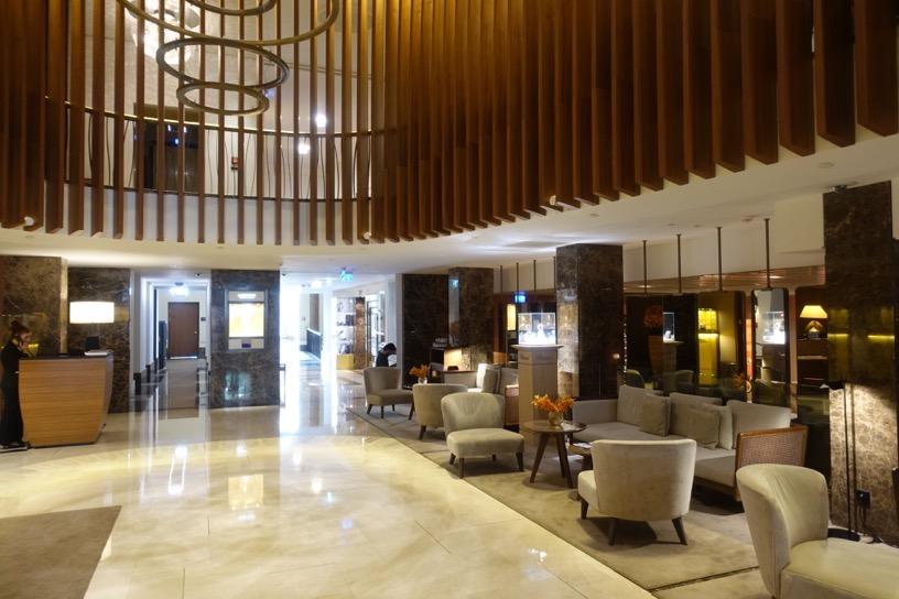 ザ・リッツ・カールトン ウィーン:ホテルの外観とロビー4