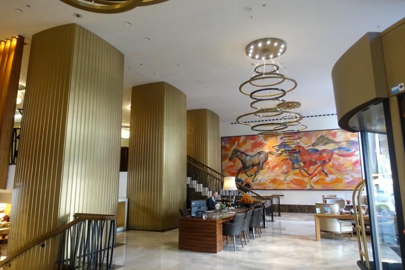 ザ・リッツ・カールトン ウィーン:ホテルの外観とロビー3