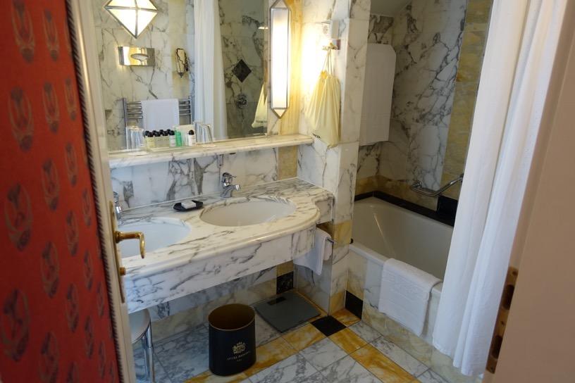 ホテル ブリストル ウィーン:バスルーム1