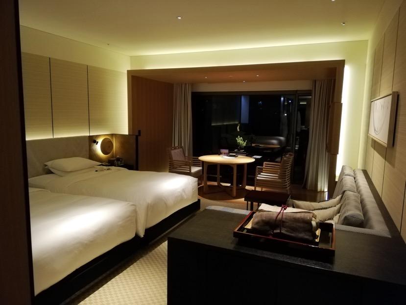 客室(グランドデラックスKAMOGAWA):全体像と雰囲気2