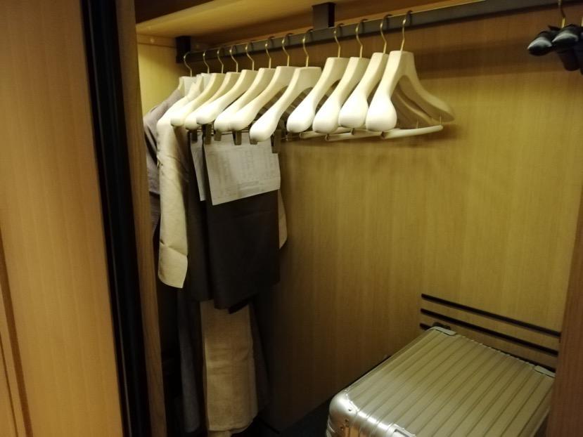 客室(グランドデラックスKAMOGAWA):クローゼット1