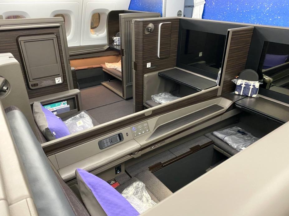 ANA A380「ファーストクラス」のシート