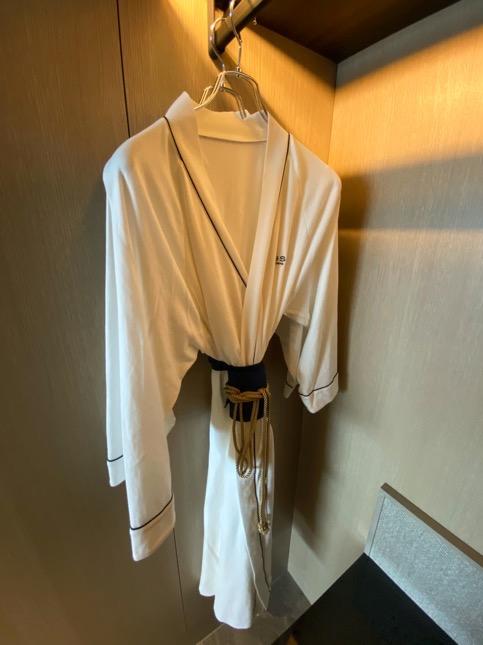 「メズム東京」のクローゼット(バスローブ)