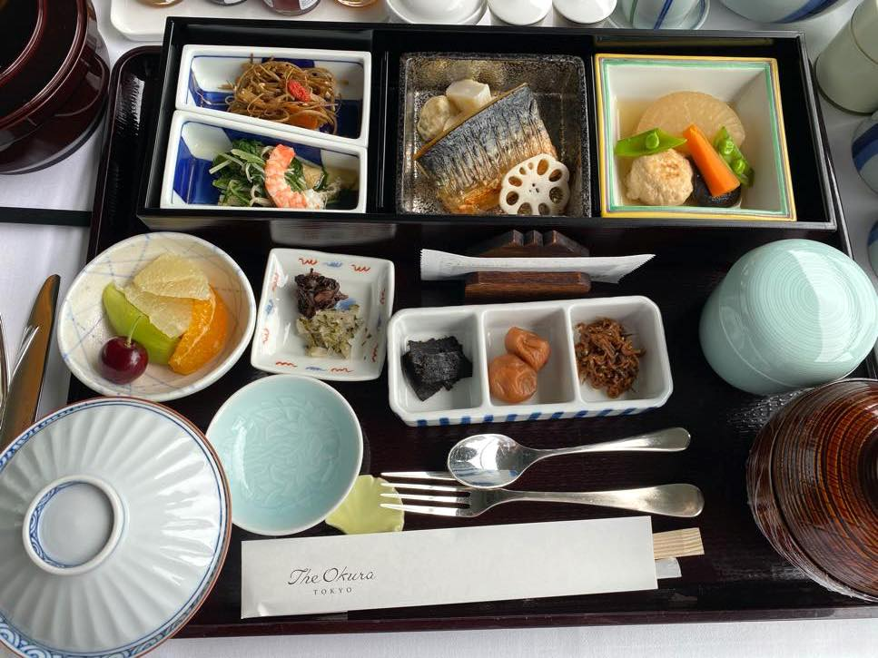オークラヘリテージ:ルームサービスの朝食(和食1)