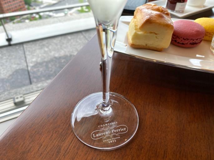 パレスホテル東京「クラブラウンジ」:アフタヌーンティー(シャンパン2)