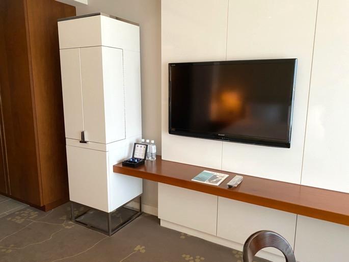 パレスホテル東京:客室(テレビ)