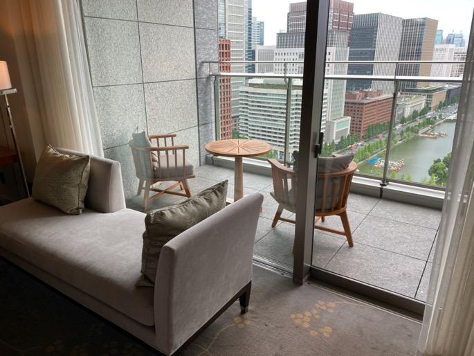 パレスホテル東京:客室(バルコニー)
