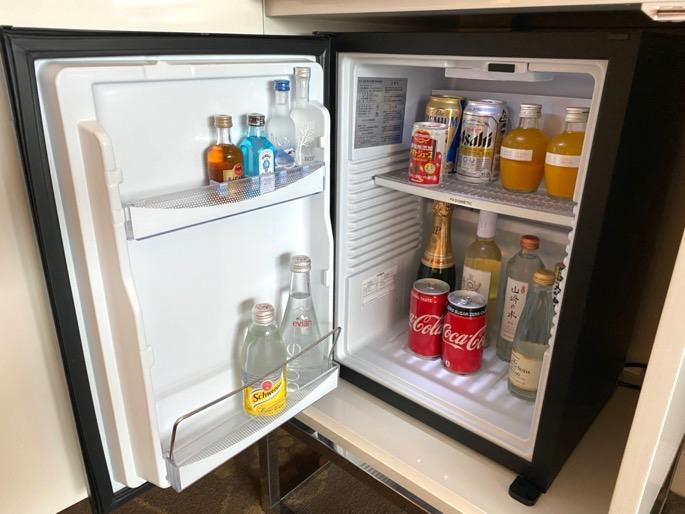 パレスホテル東京:客室(冷蔵庫)