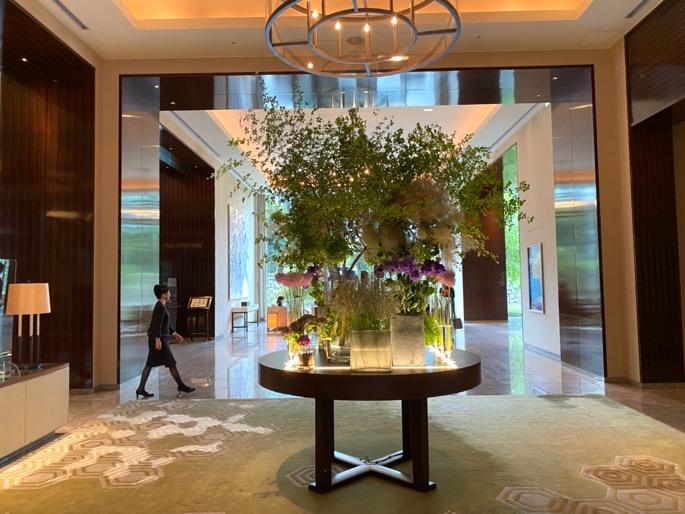 パレスホテル東京:ロビー(生花)