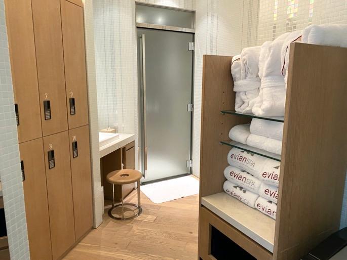 パレスホテル東京「エビアンスパ」:ロッカー(無料エリア)