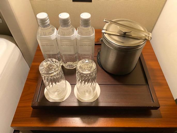 パレスホテル東京:客室(水&氷)