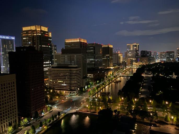 パレスホテル東京:客室(夜景)