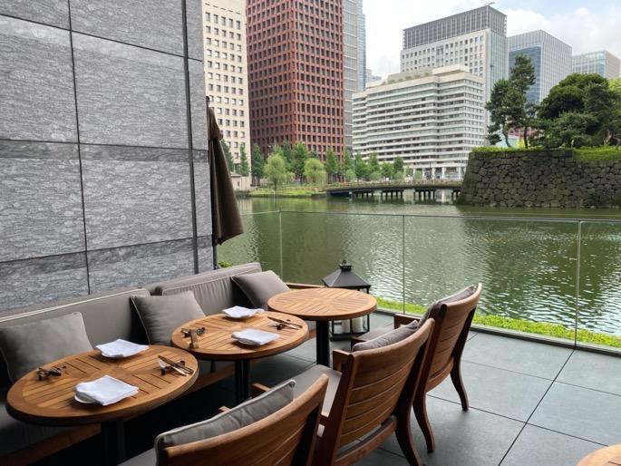 パレスホテル東京「グランドキッチン」:テラス席1