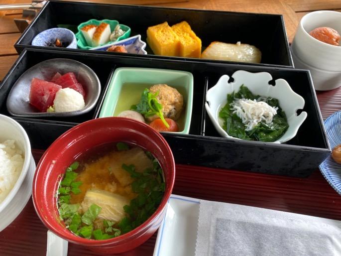 パレスホテル東京「グランドキッチン」:和定食2