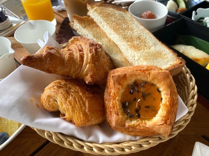 パレスホテル東京「グランドキッチン」:洋定食(ベーカリー)