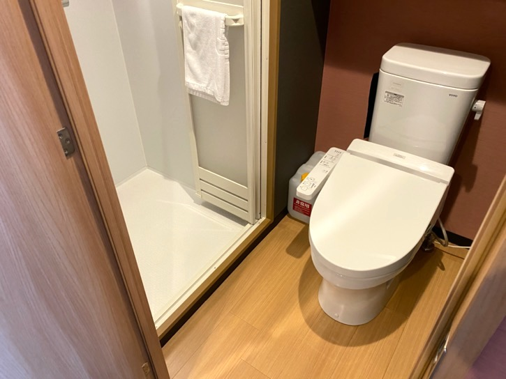 ドーミーインPREMIUM東京小伝馬町「ダブルルーム」:バスルーム